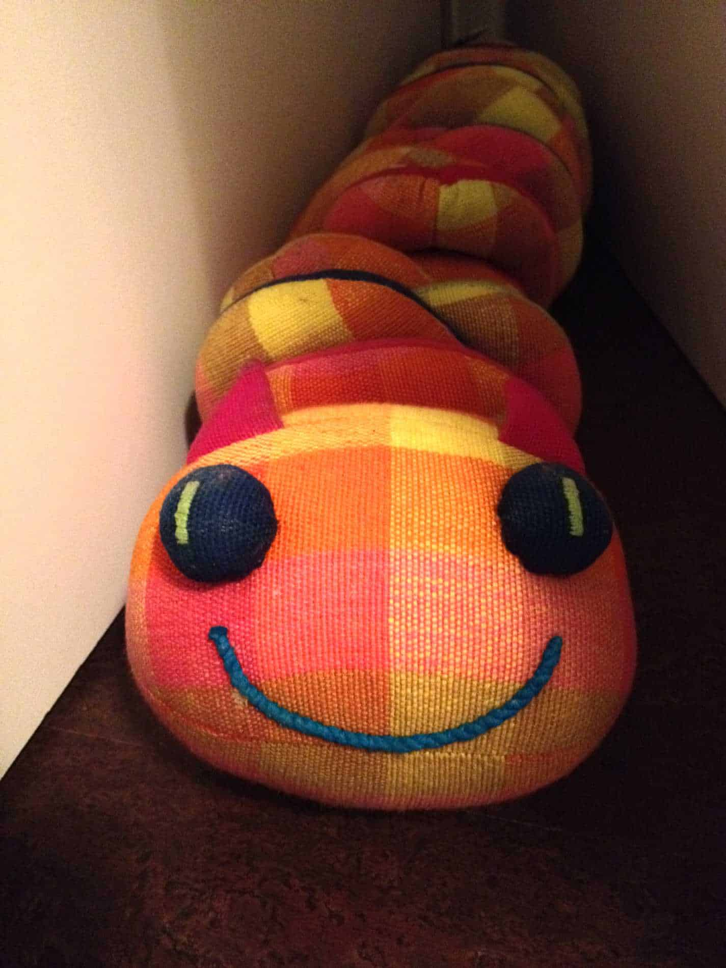 Farbiges Spielzeug im Kinderzimmer